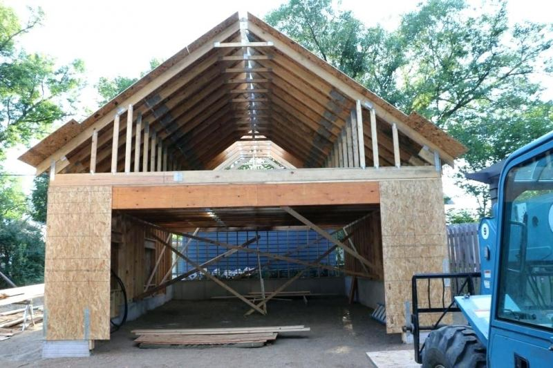 Строительство гаража своими руками - советы по выбору проекта, постройка, подвод коммуникаций и систем (135 фото и видео)
