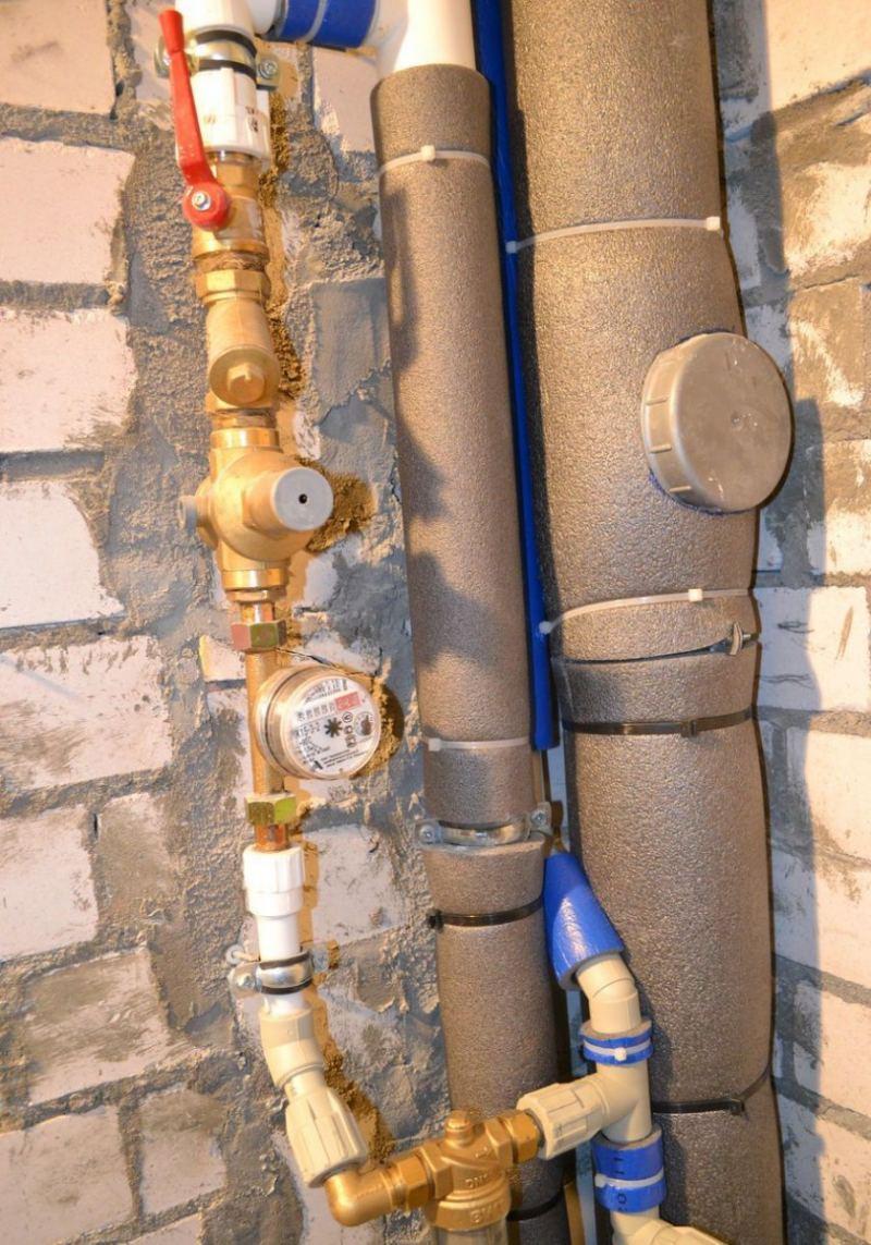Утепление труб - правильный подбор теплоизоляции и особенности ее применения (85 фото и видео)