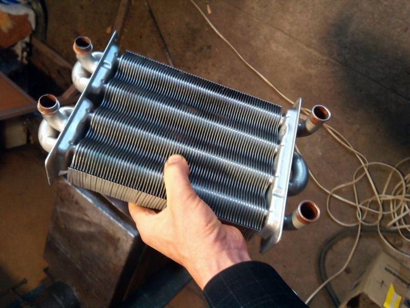 Ремонт теплообменников - эксплуатация, обслуживание, съем, монтаж и замена водоснабжения (120 фото и видео)